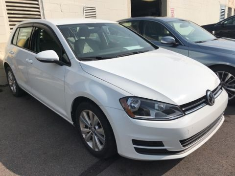Pre-Owned 2015 Volkswagen Golf TDI S 4 Door